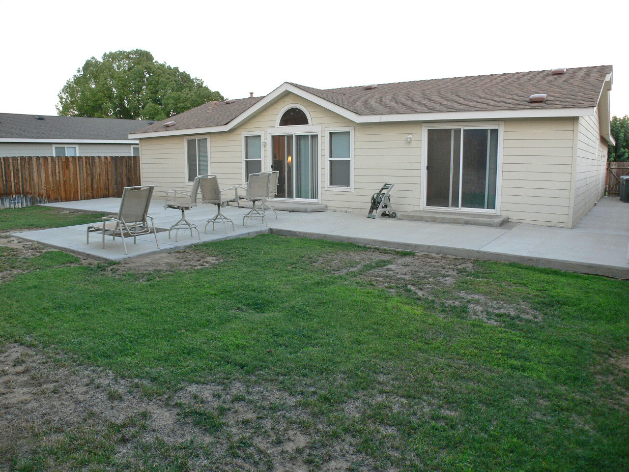 Back of house view ... lots of room for entertaining, and even room for a pool!