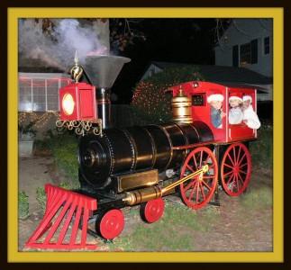 Real smoke, turning wheels, and real train sounds! Choo chooooo!