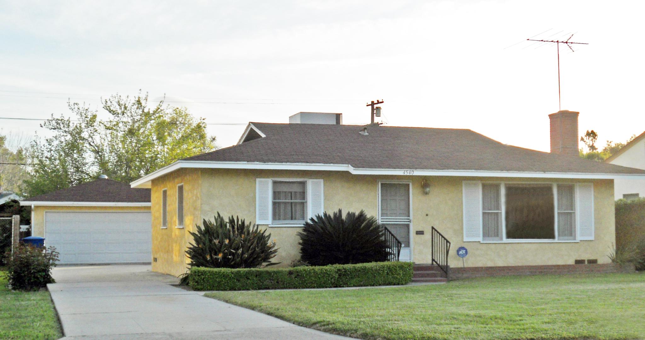 4540 Linwood Place, Riverside CA 92506