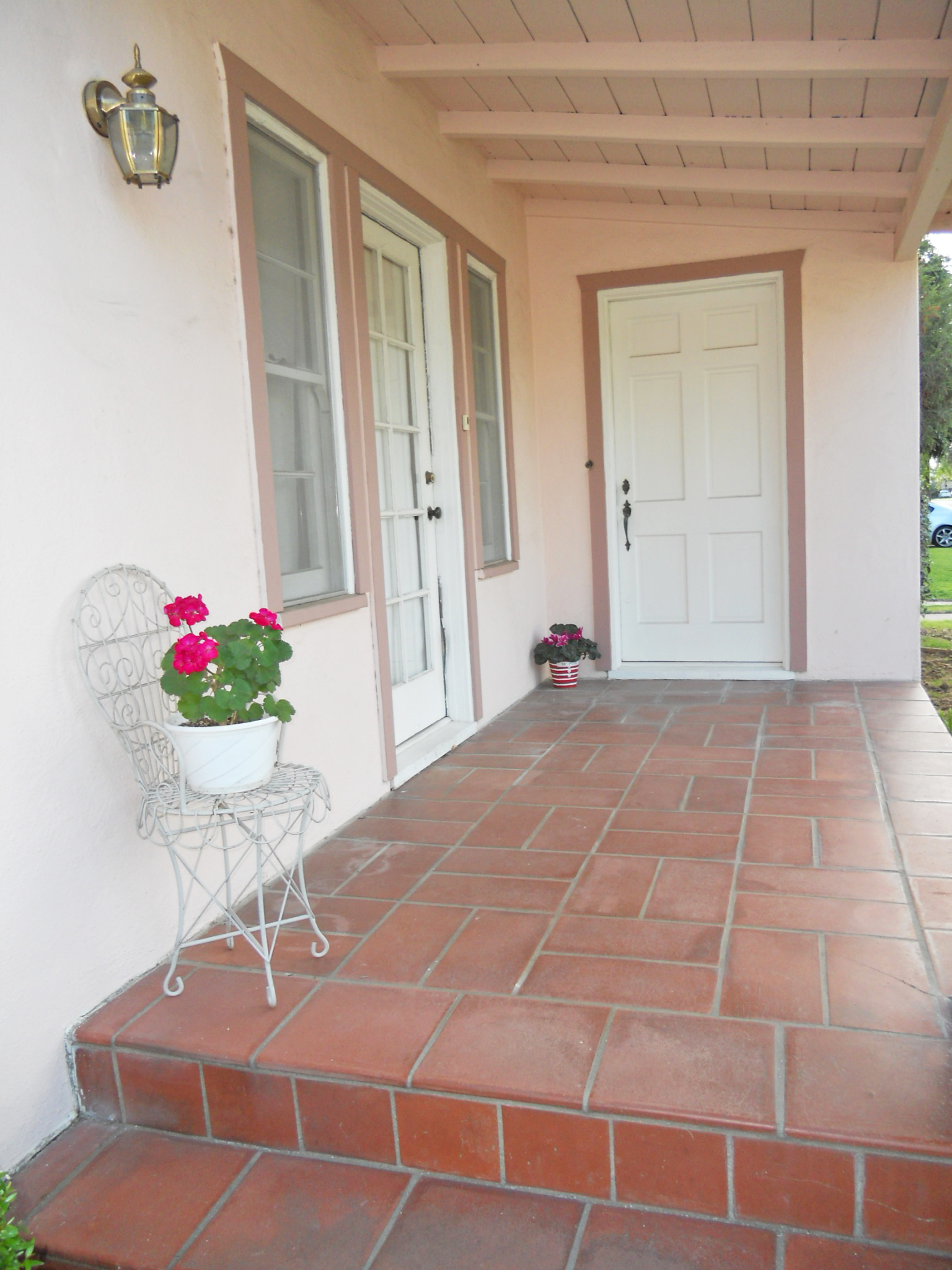 Lovely covered front porch