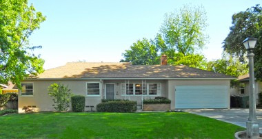 4631 Luther Street, Riverside, CA 92504 -- Notice the old-fashioned light post out front next to the driveway!