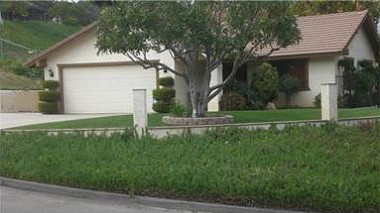 "14094 Harvey Lane, Riverside sold by ""The Sister Team"""