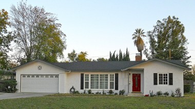 5444 Tower Road, Riverside CA 92506 -- GORGEOUS TURNKEY HOME!