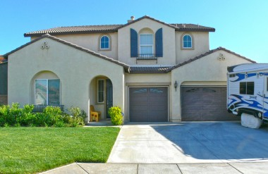 1525 Sweet Bay Drive, Perris, California -- Great curb appeal on this lovely 5 bedroom home!