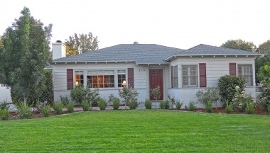 "4142 Linwood Pl., Riverside CA 92506 listed by ""The Sister Team"" 951-205-4429"