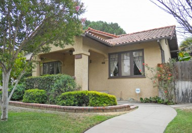 "3760 Rosewood Pl., Riverside CA 92506 listed by ""The Sister Team"""