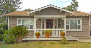 """4359 Elmwood Ct, Riverside CA 92506 listed by """"The Sister Team"""""""