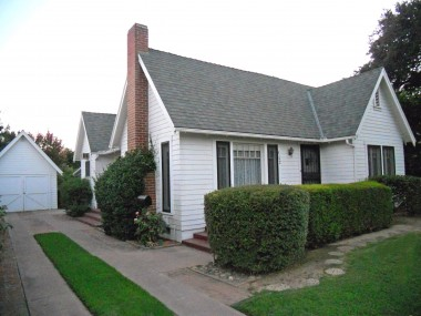"""4192 Ramona Dr., Riverside CA 92506 listed by """"The Sister Team"""""""