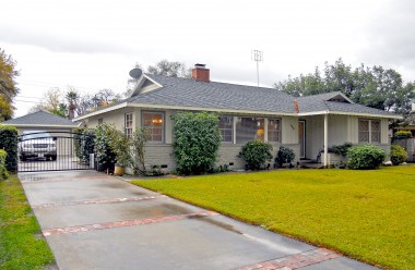 "5356 Kendall St., Riverside CA 92506 listed by ""The Sister Team"""