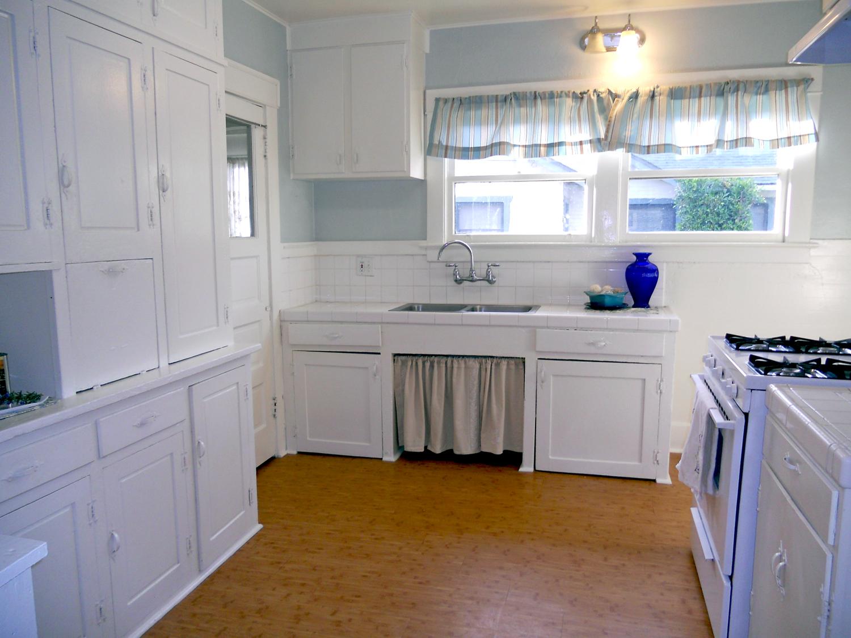 a-kitchen sink
