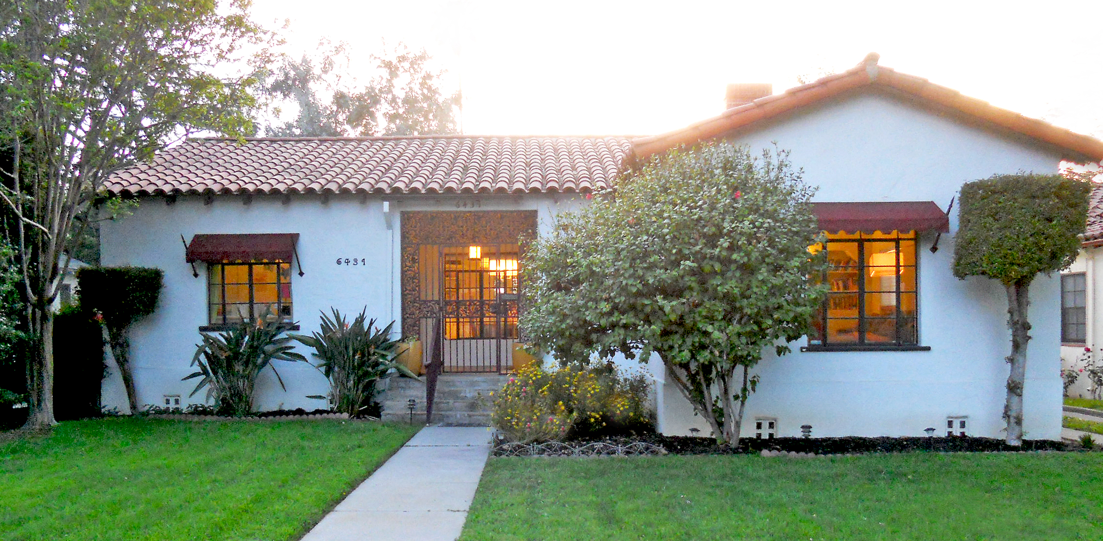 Superb [ SOLD For $330,000 On 05/07/2013 ] Built In 1941, This Gorgeous And  Well Maintained Spanish Colonial Revival With Spanish Tile Roof Boasts 3  Large Bedrooms ...