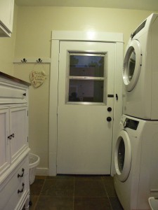 Indoor laundry (washer and dryer are negotiable items).