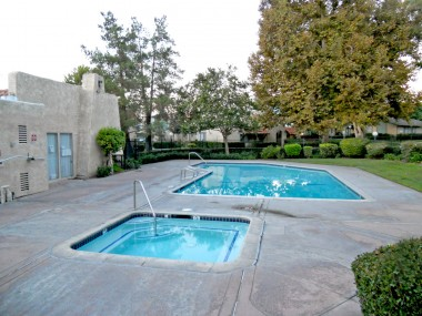 Clubhouse and spacious community pool/spa area to enjoy.