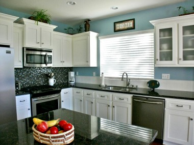 Another view of the remodeled kitchen.