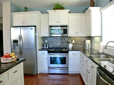 Remodeled state-of-the-art kitchen.