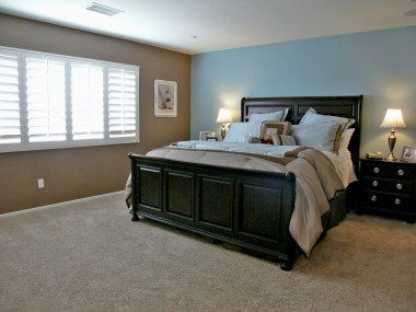 Huge master bedroom suite.