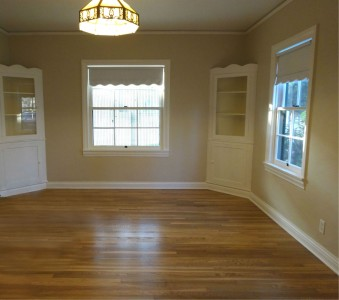 Large formal dining room with 2 corner hutches.