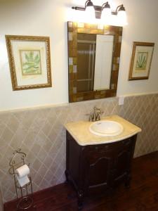Remodeled hallway bathroom.