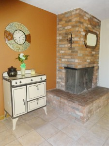 Dining room corner fireplace.