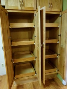 Pantry with 8 convenient pull-out  drawers.
