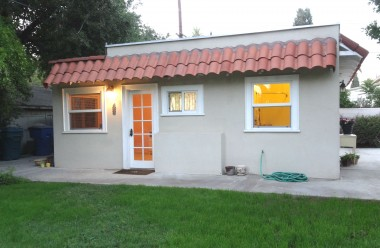 Casita that was added to the garage in the 1950s with private entrance, walk-in closet, and private bathroom.