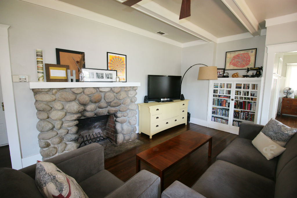 Alternate view of ultra charming living room.