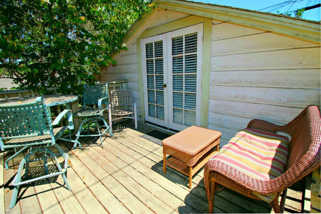 Guest unit private sun deck.