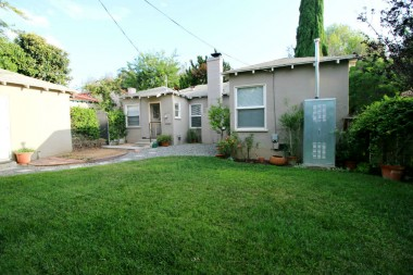 Manageable backyard with space for children, pets, and/or garden. Roof is less than 10 years old.