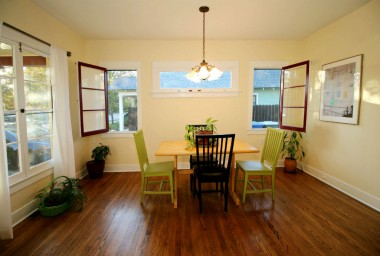 Formal dining area just as inviting as ever!