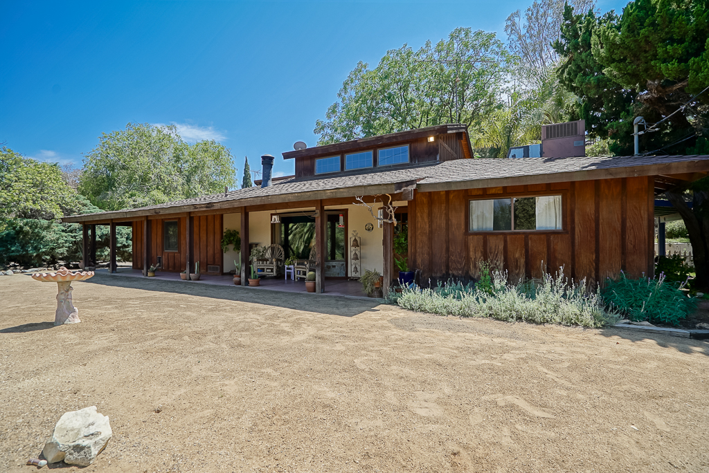 Front of 17047 Mockingbird Canyon Rd., Riverside 92504