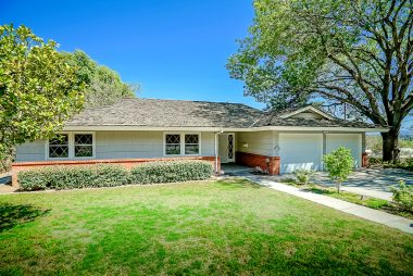 4380 Miramonte Pl., Riverside, CA 92501 listed by THE SISTER TEAM