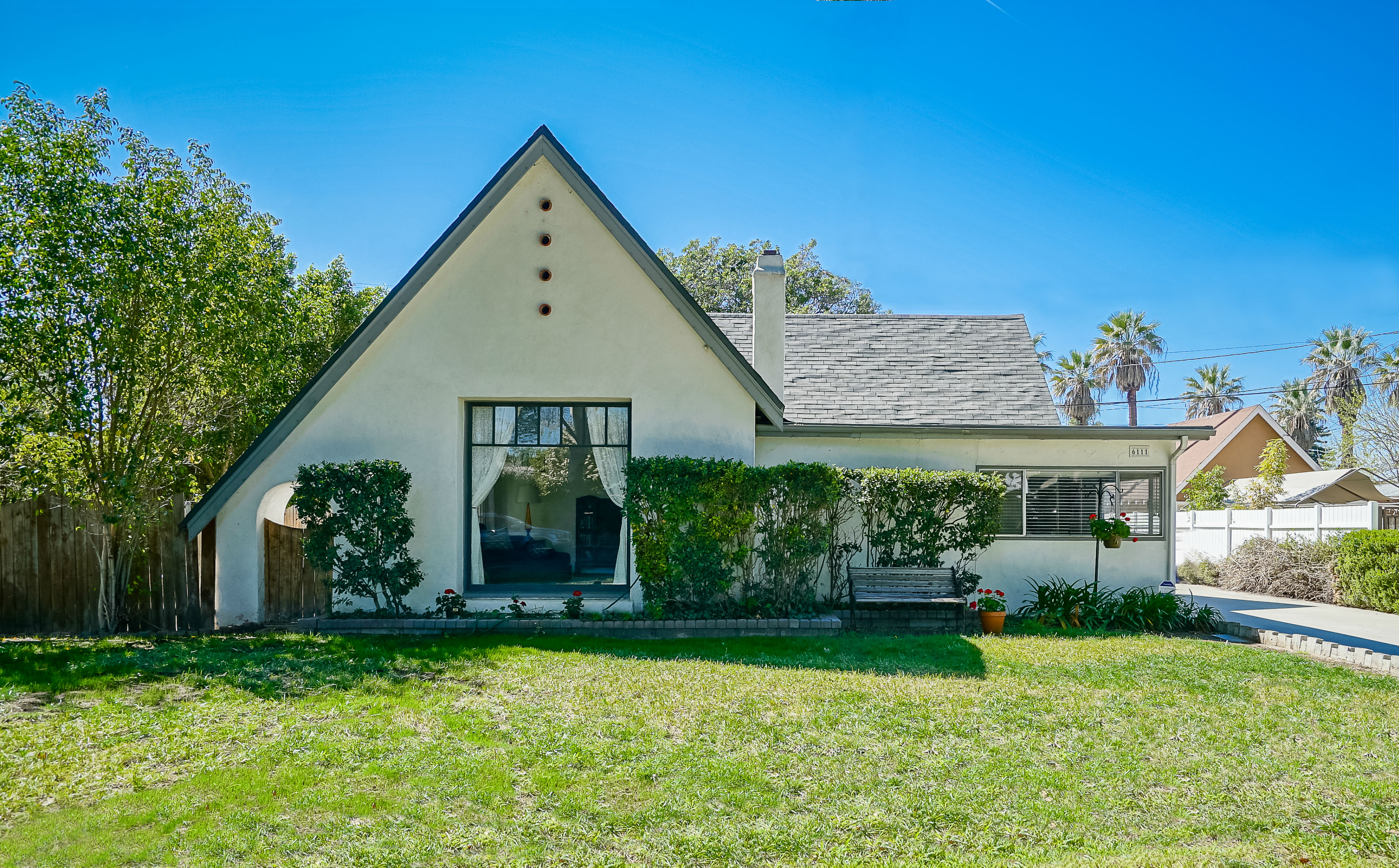 6111 Del Ray Ct., Riverside CA 92506 listed by THE SISTER TEAM
