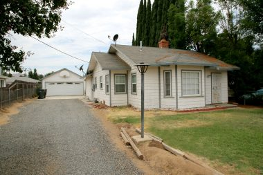 2544 Harrison St., Riverside CA 92503 listed by THE SISTER TEAM