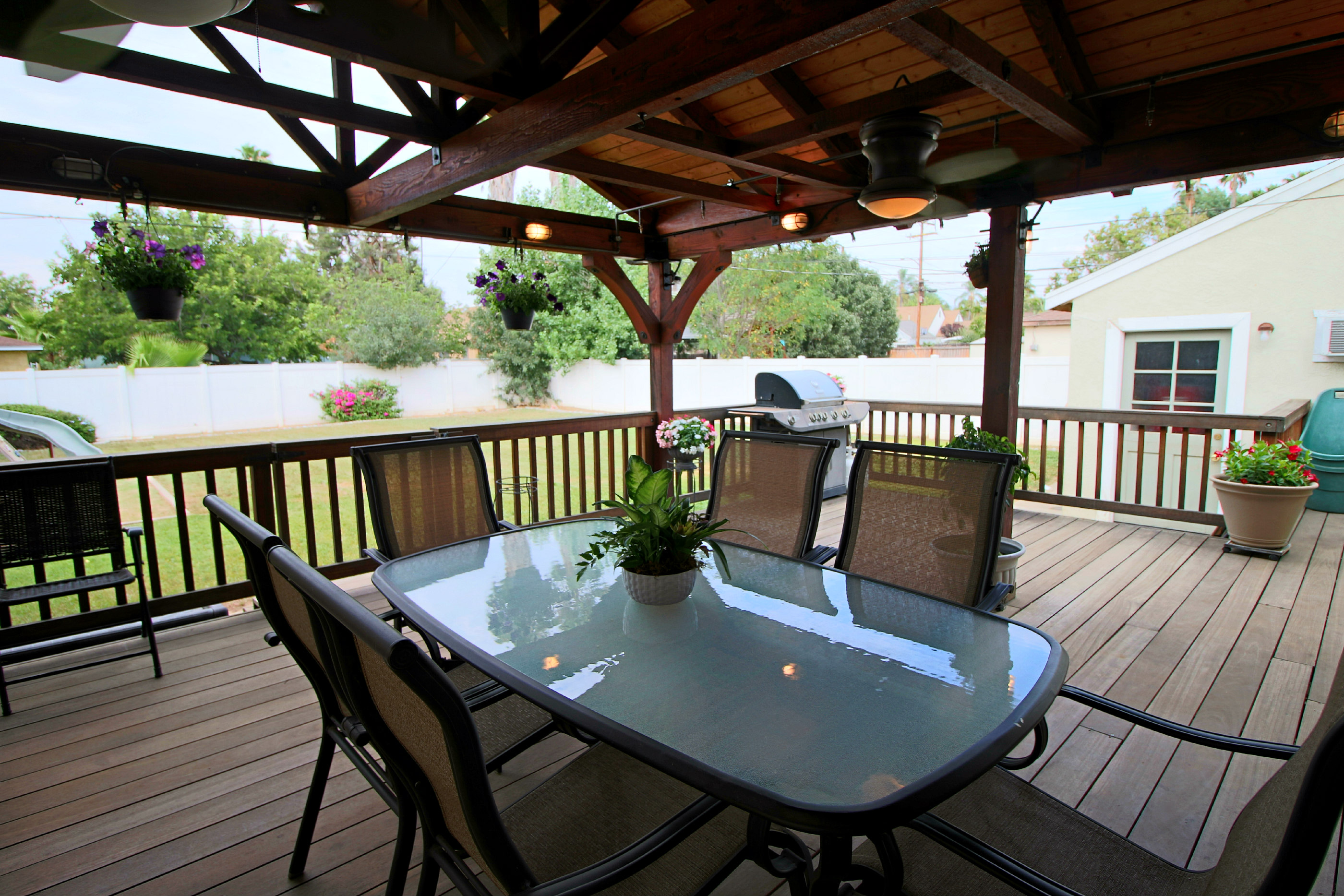 400 sq ft deck made of Mangaris, an exotic hardwood that is extremely high decay and rot resistance, with high durability.