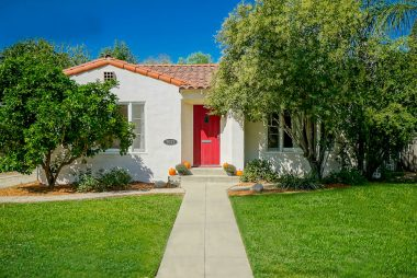 3021 Locust Street, Riverside CA 92501 listed by THE SISTER TEAM