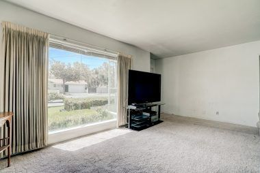 Large front picture window.