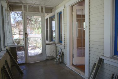 Screened-in front porch.