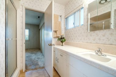 Front master bathroom.