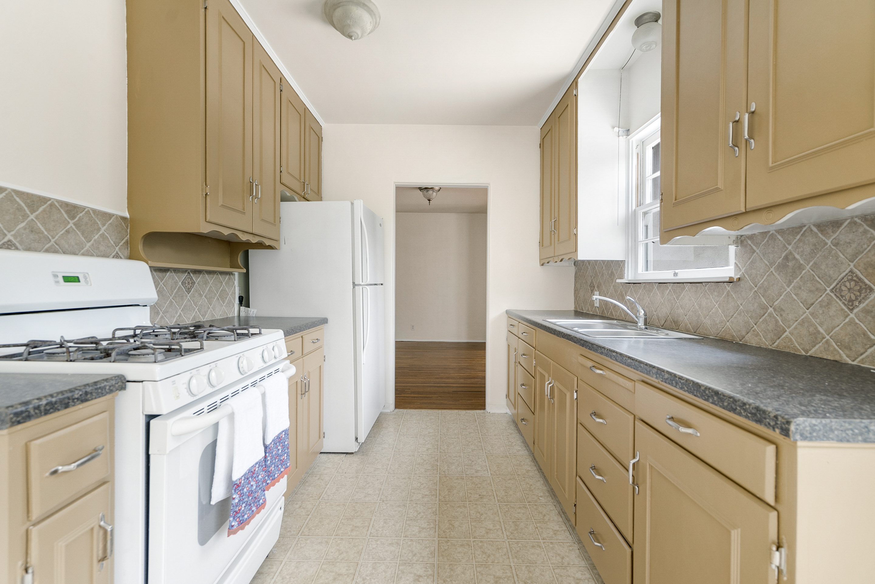 Alternate view of light and bright kitchen.
