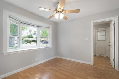 Spacious nook area for casual kitchen dining.