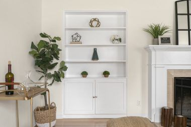 There's nothing like built-in shelving for knickknacks and photographs and books!