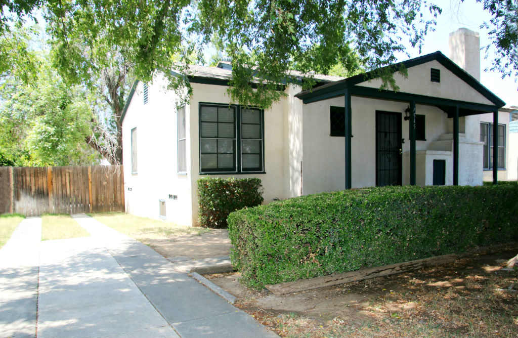 7545 Mt. Vernon St., Riverside CA 92504 listed by THE SISTER TEAM