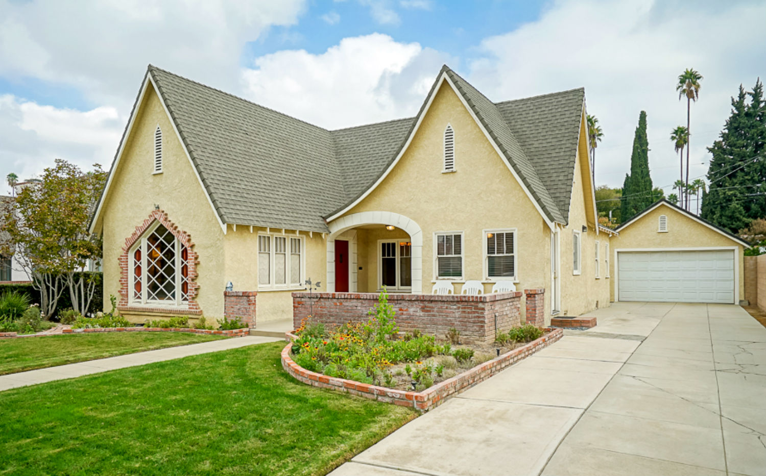 3543 Castle Reagh Pl, Riverside CA 92506 listed by THE SISTER TEAM