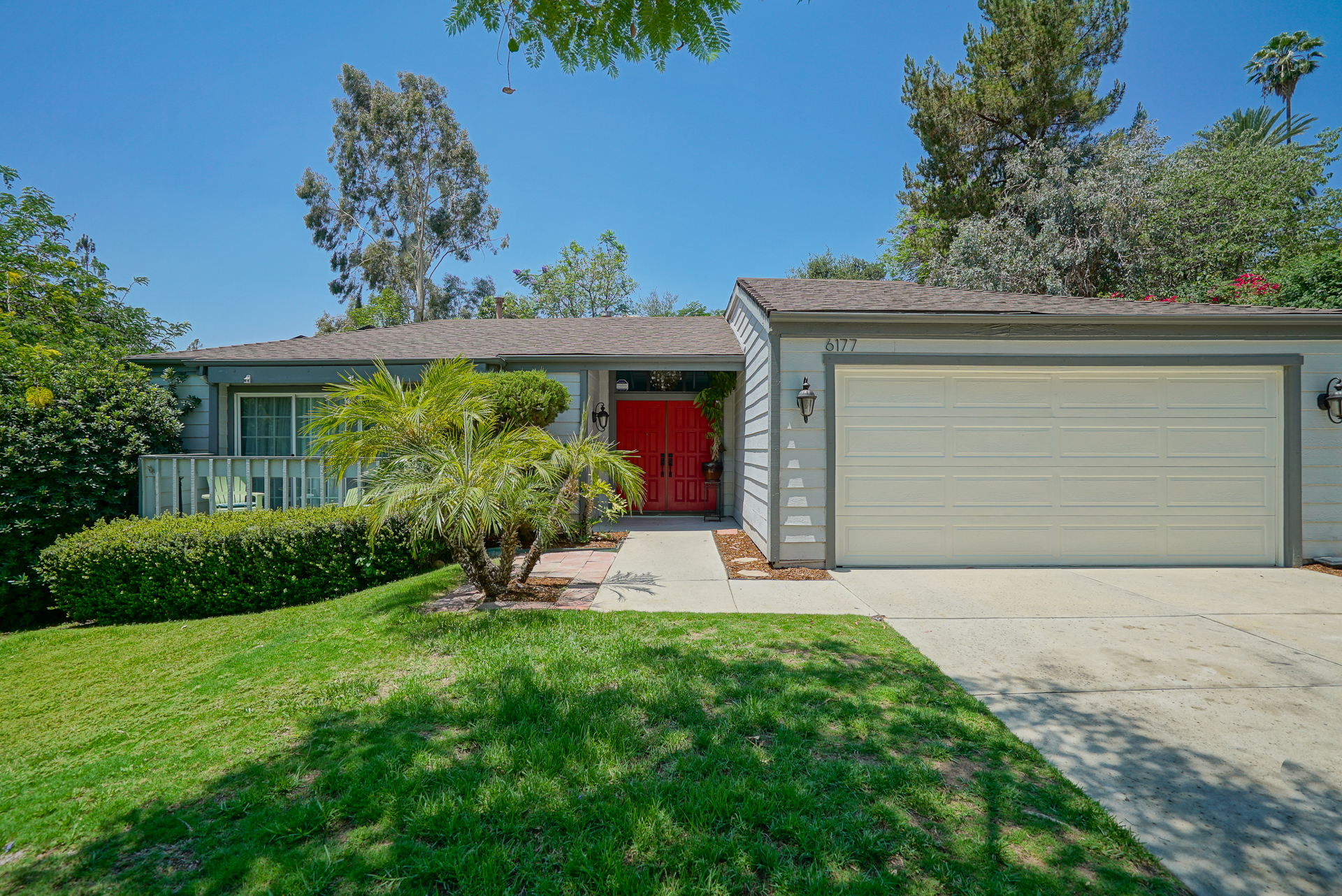 6177 Hillary Court, Riverside CA 92506 listed by THE SISTER TEAM