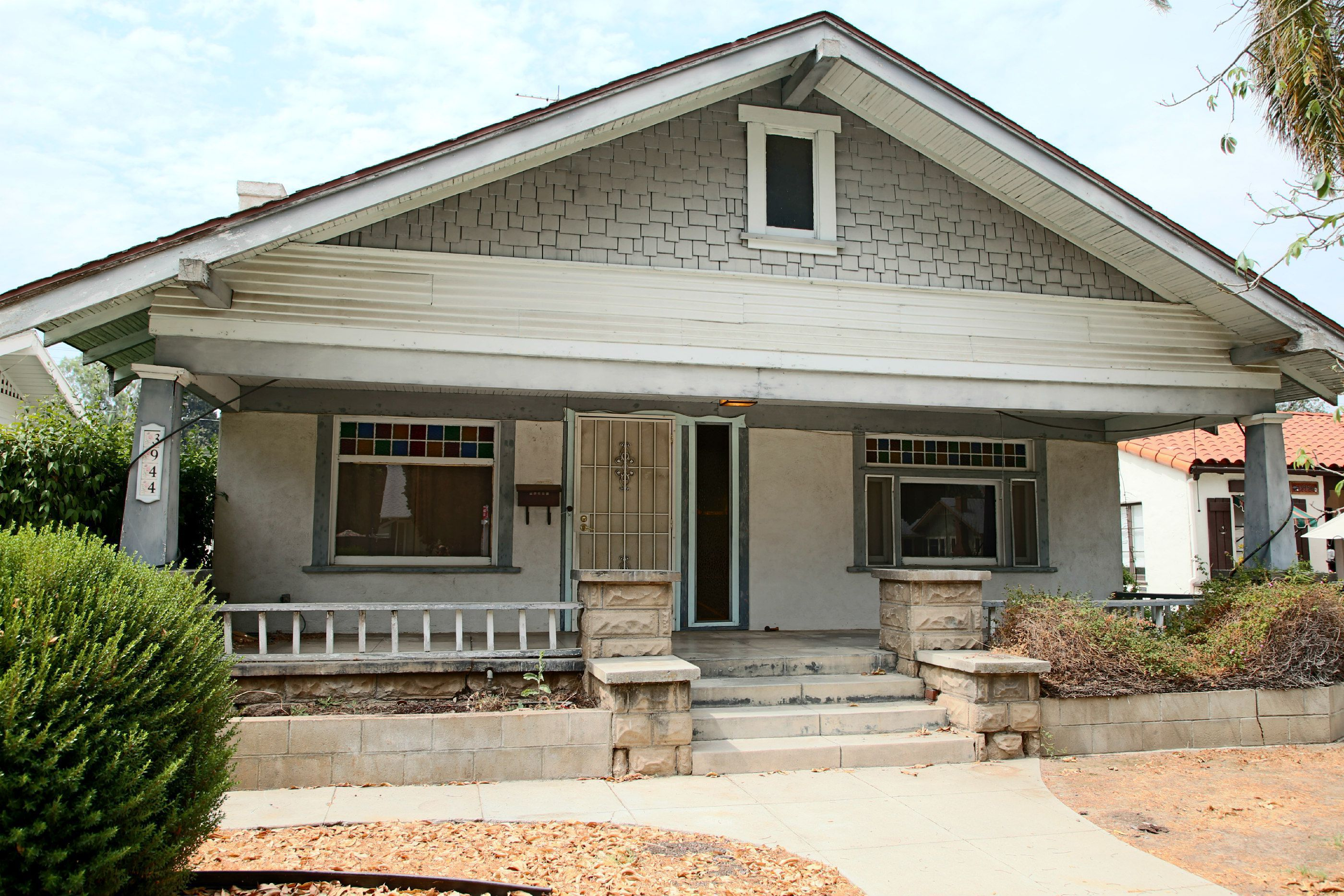 3944 Elmwood Ct, Riverside CA 92506 listed by THE SISTER TEAM