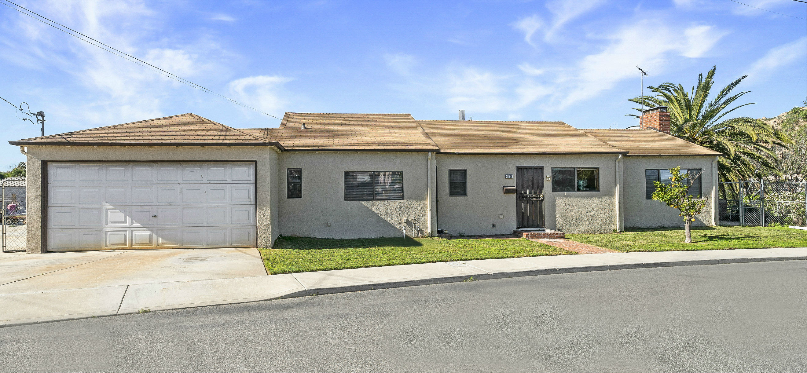 4338 Alta Vista Dr., Riverside CA 92506 listed by THE SISTER TEAM